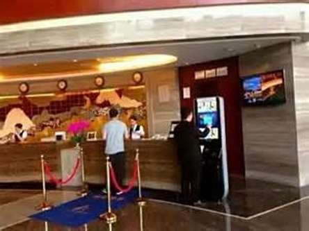 EMAX英迈斯速通门在酒店行业应用方案