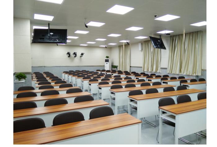 西北政法大学 六机位广播级专业精品录播教室方案