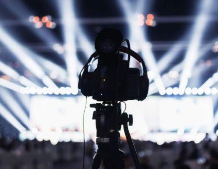 一个人如何完成一场专业视频导播录制