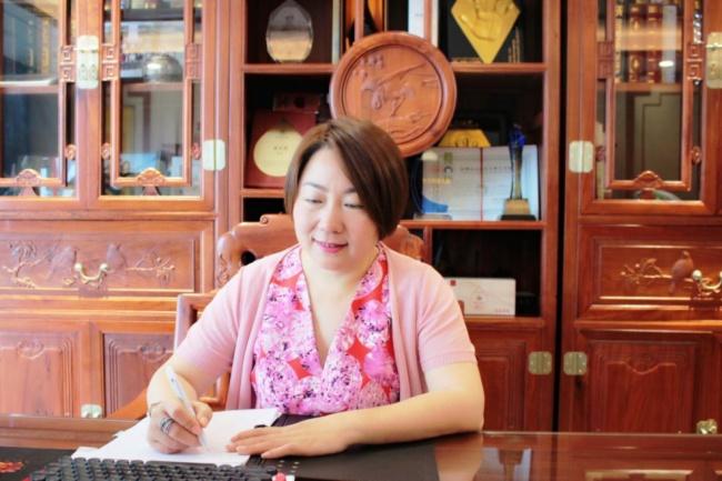 感悟联诚发创始人龙平芳女士的经营管理之道