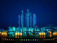 美轮美奂的无锡拈花湾夜景灯光秀由科视Christie 3DLP 激光投影机照亮