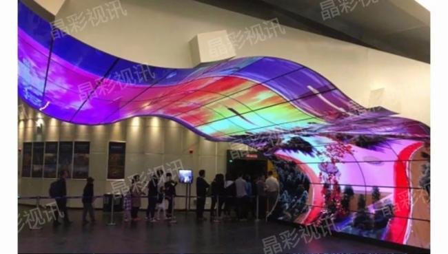 晶彩视讯带您--了解 OLED柔性拼接与LCD液晶拼接