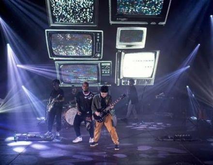 ACME助力泰国摇滚乐团Lomosonic首次线上演唱会