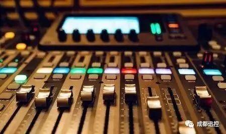调音台的功放都有哪些功能?