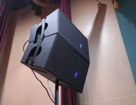 吸音不良場地如何設計音響?