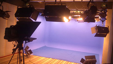 """演播室剧场演出灯光""""神器""""——PH-LED1530N变焦成像灯"""