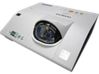 HCP-Q81-短距液晶投影機
