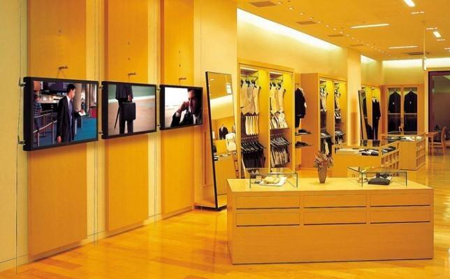 服装行业数字标牌解决方案图片