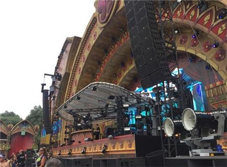 2016Torrowland音乐节携手阿酷司L-Acoustics打造嗨爆的电音盛宴!