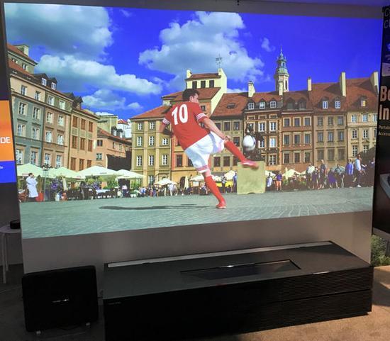 双色激光TV 极米CES 2017重磅产品