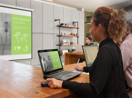 专注信息的效率分享和安全 明基再推新高亮无线投影解决方案