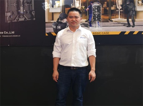 上海LED展:专访深圳市德彩光电战略总监兼区域经理罗凯先生
