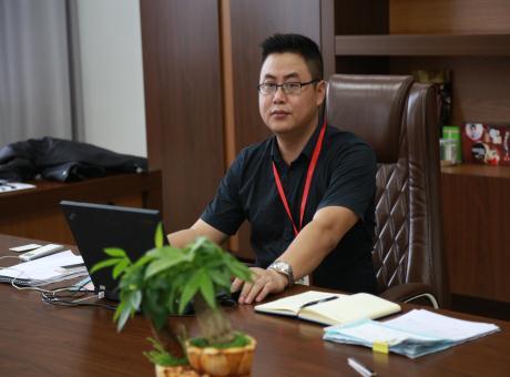 上海LED展:专访汉创企业运营中心总监龙斌先生
