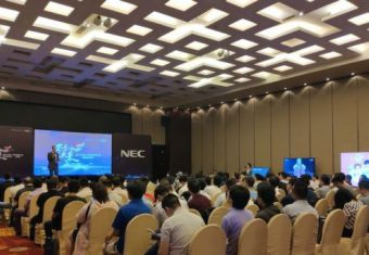 看NEC 4K商用显示器如何定义视界