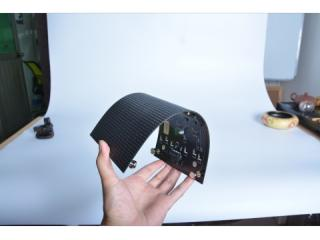 P4  M4R2-户内P4系列超高清全彩柔性屏丨软模组