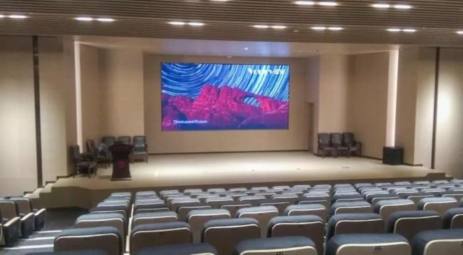卓华微间距LED屏用于济宁图书馆