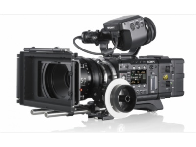 PMW-F55-35mm 4K CMOS成像器紧凑型CineAlta摄影机 可在SxS存储卡上录制HD/2K/4K影像并进行16位RAW 2K/4K输出
