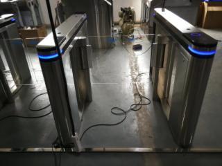 002-地鐵閘機超市智能橋式翼閘小區人臉識別斜角翼閘人臉識別系統