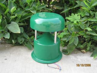 Q-01-仿真垃圾桶草坪音箱